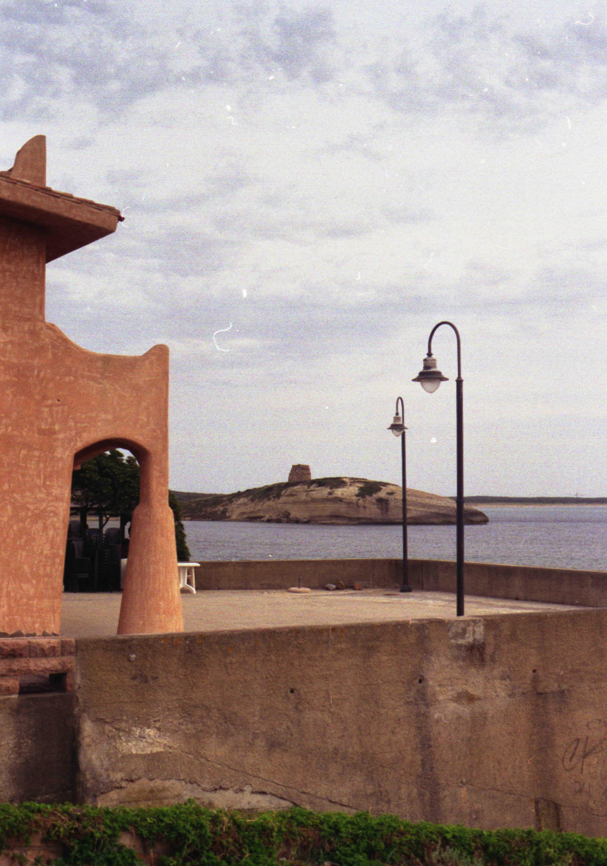 La torre... vista da S'Archittu