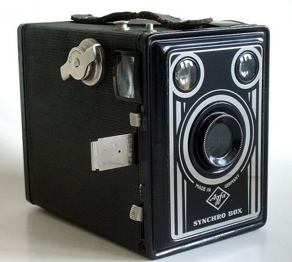 La fotocamera Agfa Synchro Box del 1949
