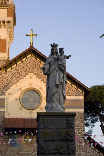 La statua della Madonna