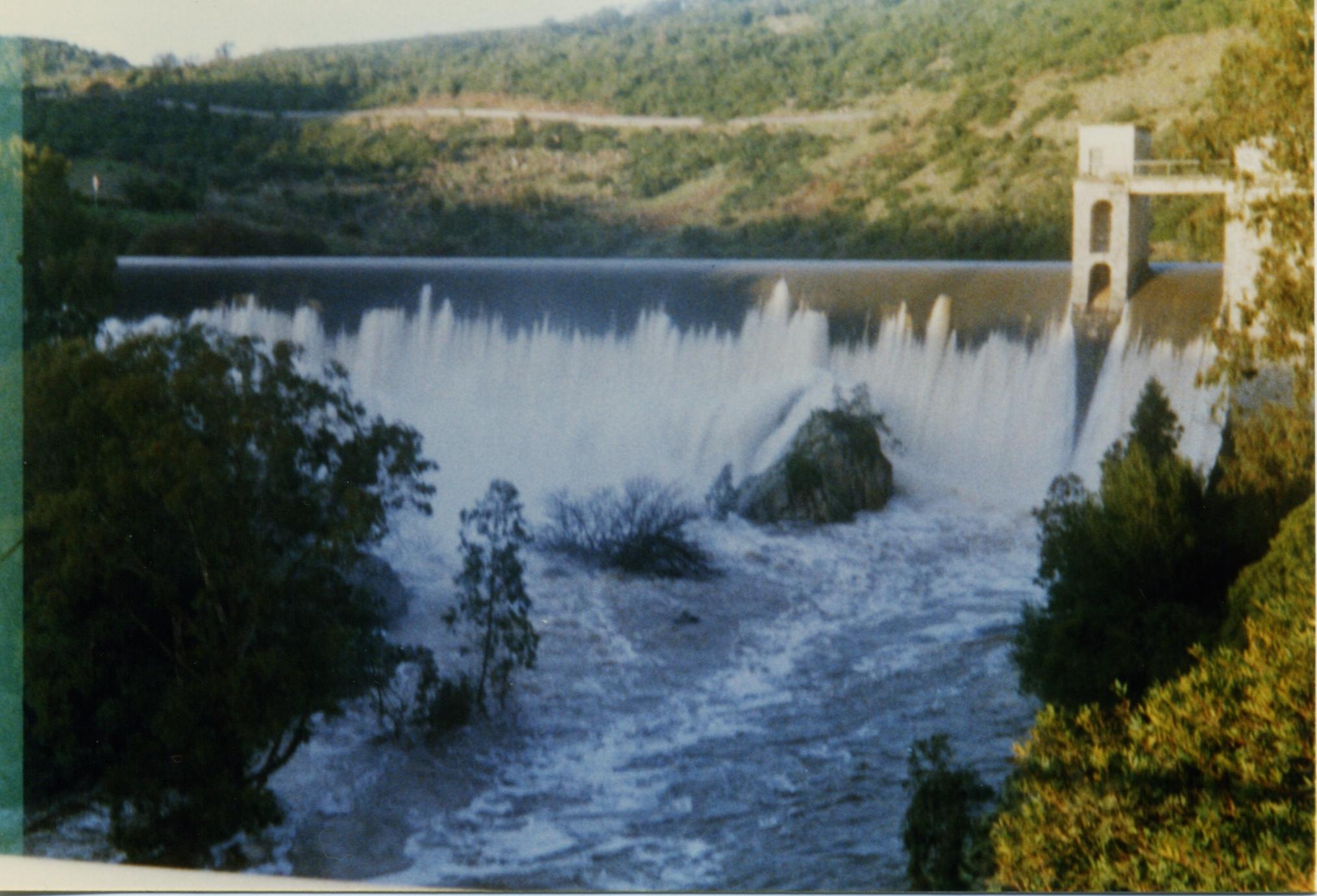 Gennaio 1997 -  Tracimazione dallo sbarramento