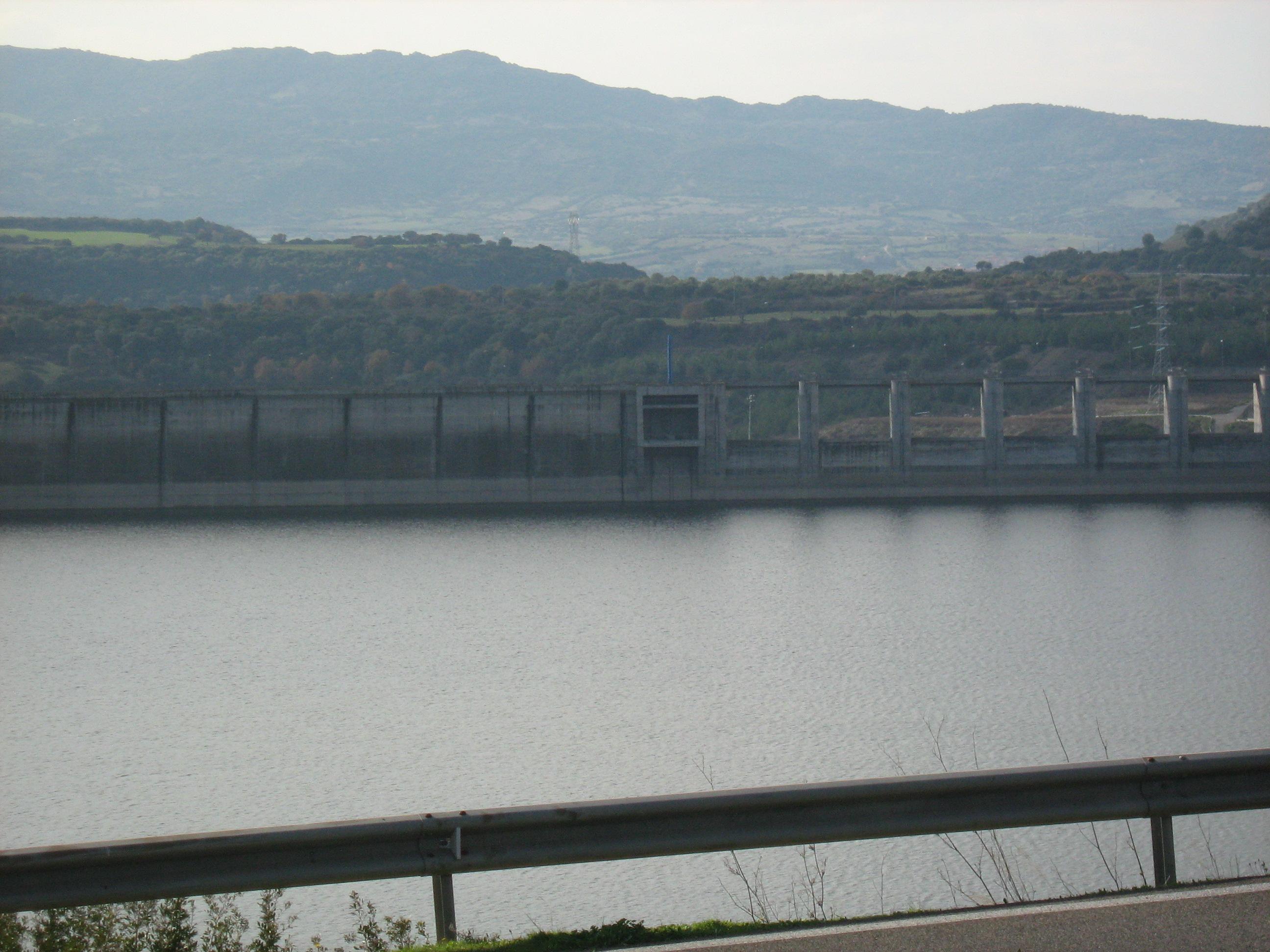 Febbraio 2013 -  Altra vista del lago