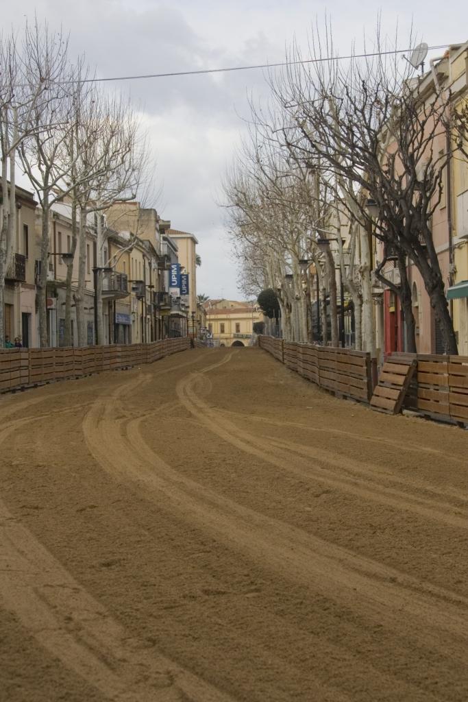 La via Mazzini, sede delle pariglie