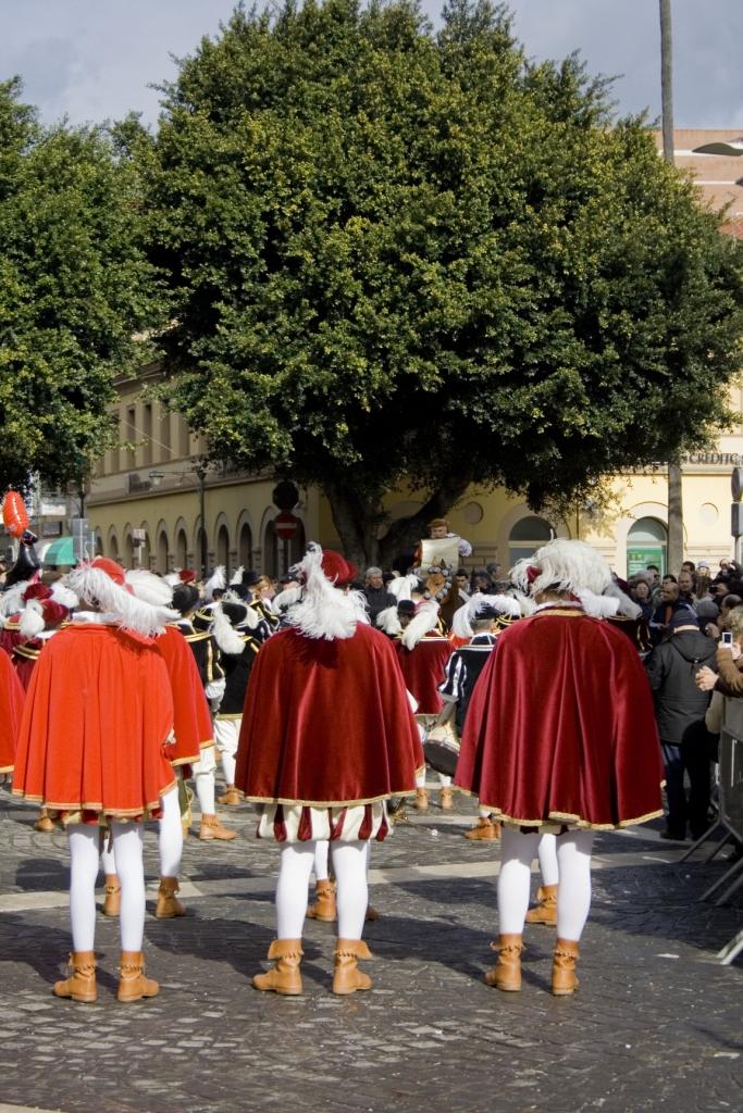 Lettura del bando in piazza Roma