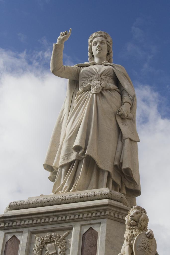 La statua di Eleonora
