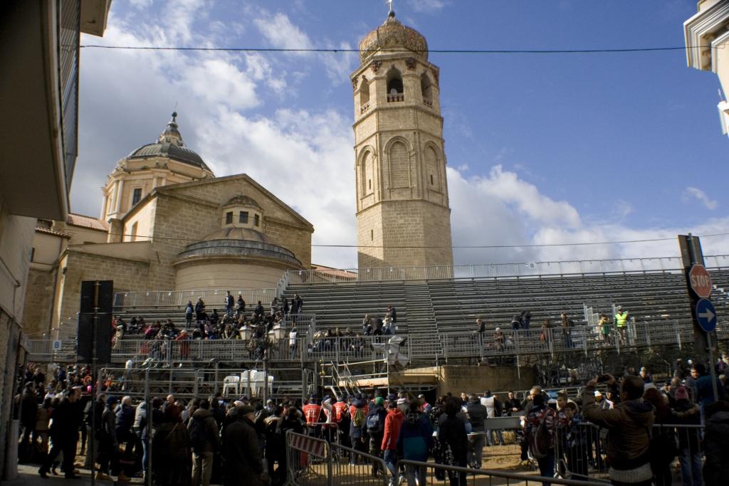 Tribune in zona Cattedrale