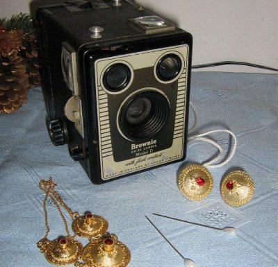 Kodak Brownie six-20D col 35 mm.