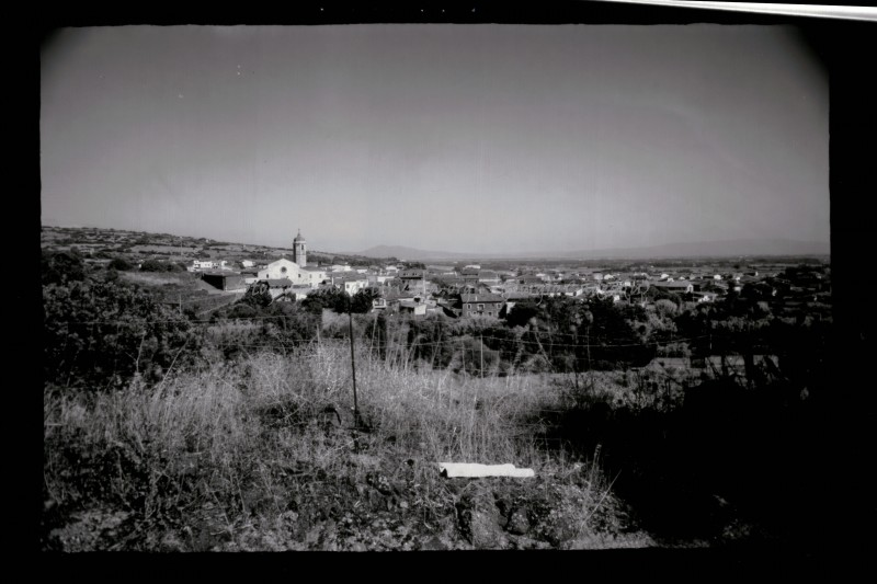 2014-07-31 - Narbolia - Il paese da Su Conchì - pos. da invers.